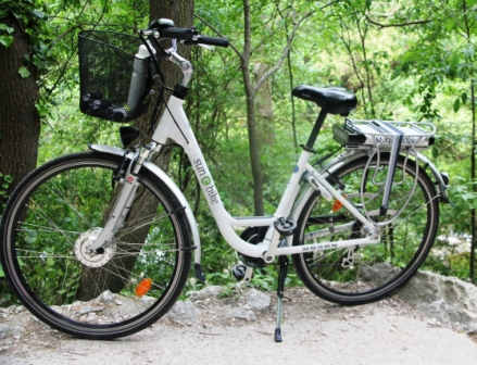 Bicycling with Battery Power (3/6)