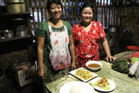 Our Myanmar cooking school teachers.